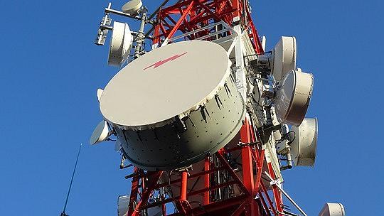 Infraestrutura das operadoras de telefonia móvel. Foto: Pixabay